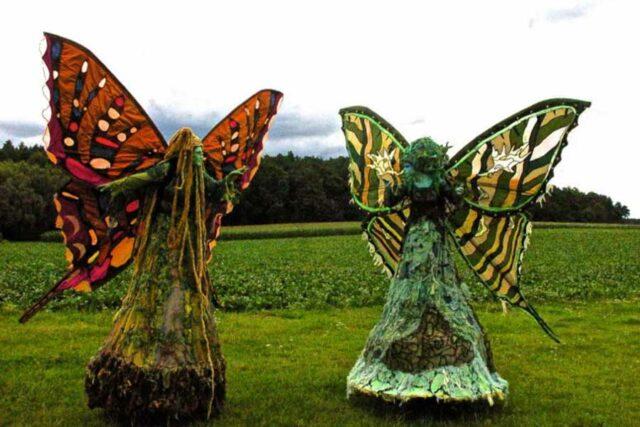 Elfen---Stelzen--und-Maskentheater